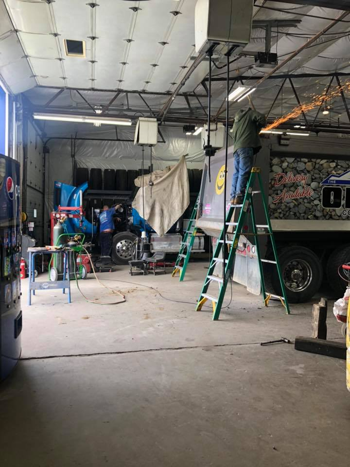 Service Shop at Mikes Trucking